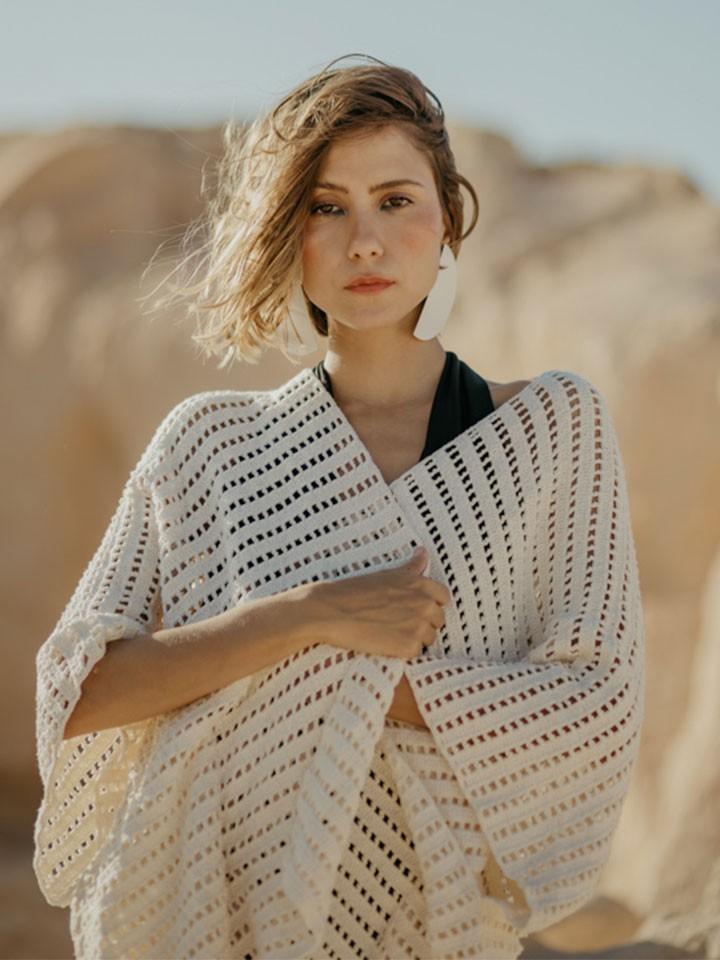 Catarina_mina_colecao_ventoeste_kimono_asas_pb_3